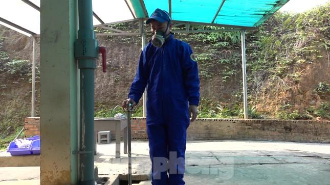 Khám phá nhà máy sản xuất pháo hoa duy nhất được cấp phép tại Việt Nam ảnh 2