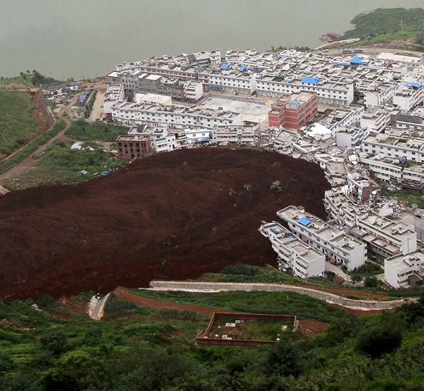 Những thảm họa năm 2010 qua ảnh - tiếp ảnh 6