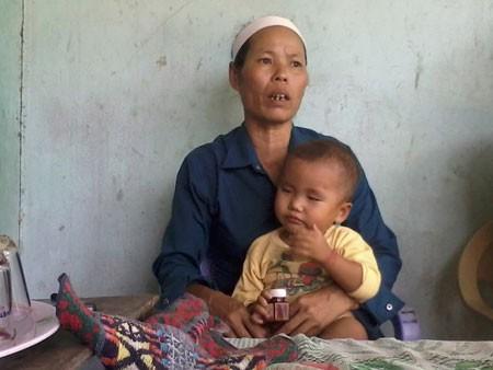 Chị Hoàng Thị Huệ - chị ruột của nạn nhân, kể trong nước mắt: