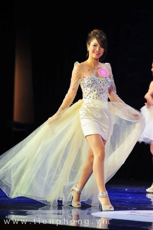 Các Miss teen trong trang phục dạ hội ảnh 5