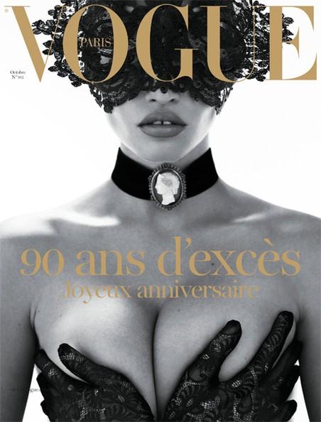 Bìa tạp chí Vogue, Paris, thể hiện Lara Stone, nhiếp ảnh gia Steven Klein
