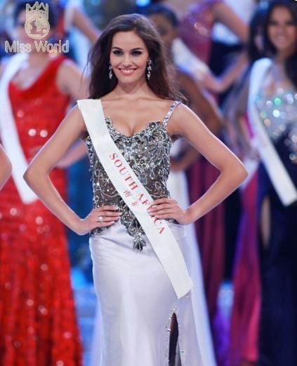 Ngắm các thí sinh tại đêm Chung kết Miss World 2010 - Phần 2 ảnh 8