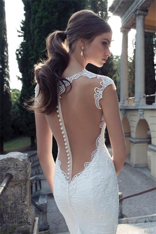 Váy cưới dành riêng cho cô dâu nóng bỏng ảnh 2