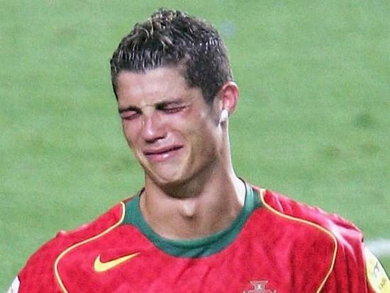 Ronaldo muốn quên đi ký ức buồn tại EURO 2004 và ước mơ vô địch năm nay