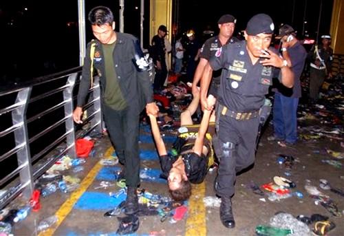 Gần 400 người bị giẫm đạp tới chết ảnh 8