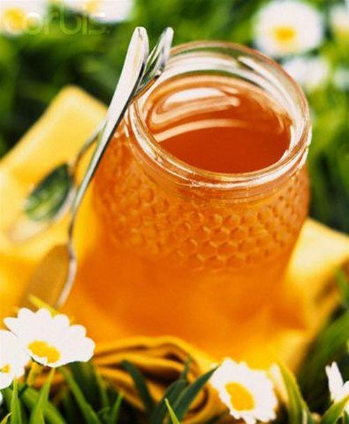 Mật ong rất tốt cho sức khỏe của bé nhưng phải sử dụng đúng cách