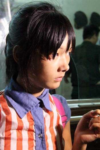 Sau hơn 2 năm xa nhà, Pa Na đã nói không sõi tiếng Việt. Ảnh: Tuấn Anh