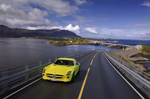 Mercedes-Benz sản xuất SLS AMG E-Cell Prototype ảnh 9