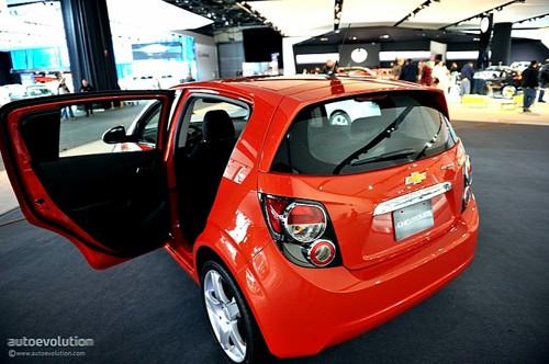 Chevrolet Sonic - đối thủ của Ford Fiesta lộ diện ảnh 8
