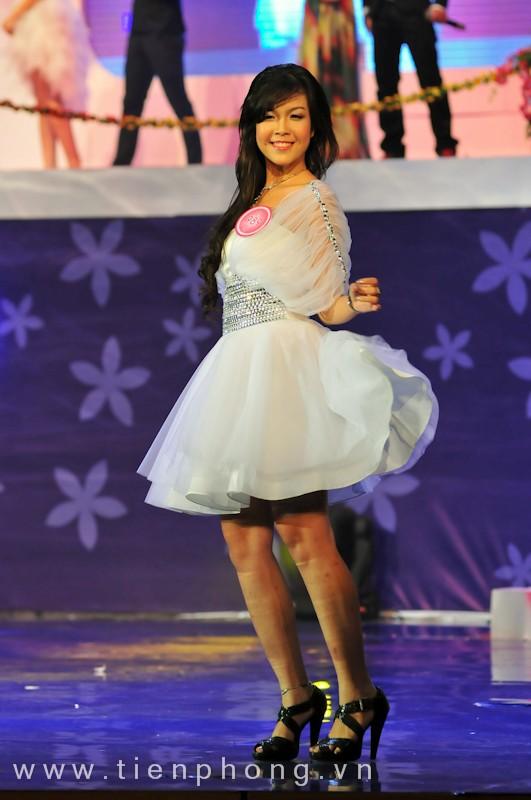 Các Miss teen trong trang phục dạ hội ảnh 2
