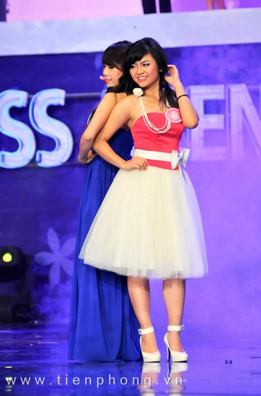 Các Miss teen trong trang phục dạ hội ảnh 4