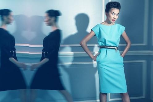 Thanh Hằng 'phiêu' trong mẫu váy mới của Công Trí ảnh 3