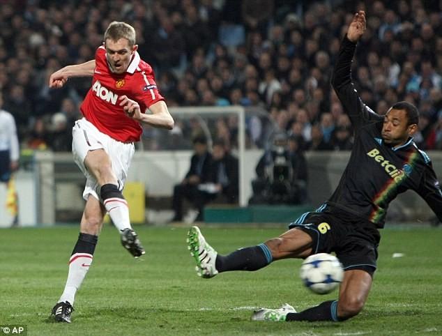 Man United và Marseille chia điểm với tỉ số hòa 0-0