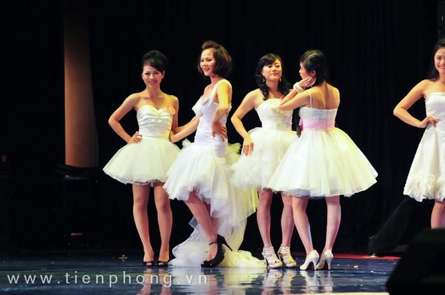 Các Miss teen trong trang phục dạ hội ảnh 14