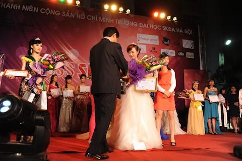 Nguyễn Hồng Lê