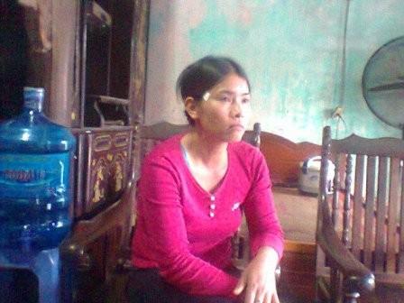 Từ khi nghe tin con gây chuyện tày trời, mẹ của Nguyễn Tiến Tuấn đau xót đến bần thần.