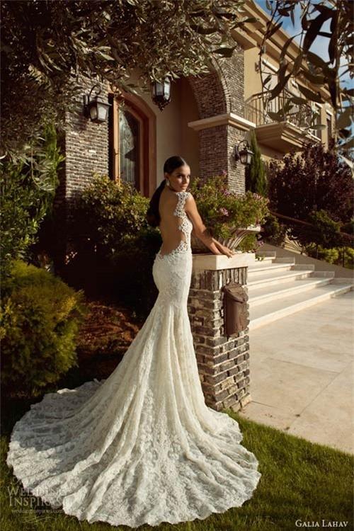 Váy cưới dành riêng cho cô dâu nóng bỏng ảnh 9