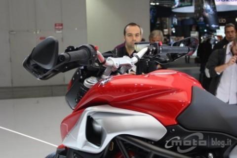 Chiêm ngưỡng motor đẹp nhất EICMA 2012 ảnh 9