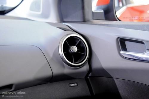 Chevrolet Sonic - đối thủ của Ford Fiesta lộ diện ảnh 15