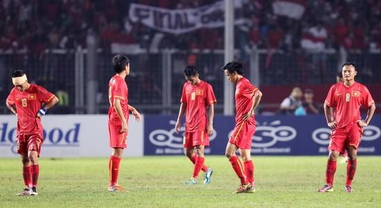 Nỗi buồn thua trận của các cầu thủ U23 Việt Nam tại Sea Games 23