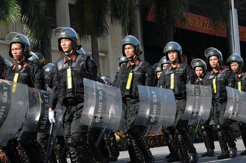 Cảnh sát dự bị đặc nhiệm luyện võ, chống khủng bố ảnh 7