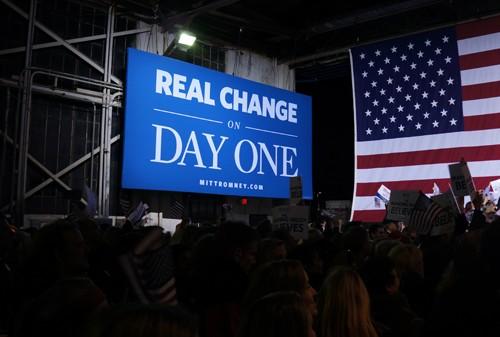 Khẩu hiệu tranh cử của ông Romney và Ryan là tạo ra những thay đổi thực sữ nhằm có ý chỉ trích lời hứa