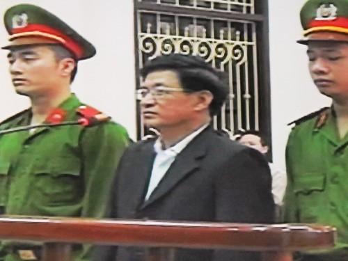 Cựu Chủ tịch huyện Tiên Lãng Lê Văn Hiền (55 tuổi)