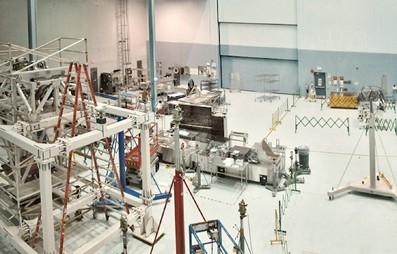 Xưởng lắp ráp Kính thiên văn James Webb Space của NASA