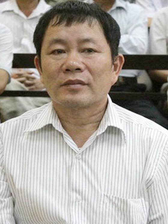 Ông Luân tại tòa