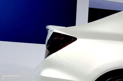 Honda Civic Concept - đổi mới toàn diện ảnh 3
