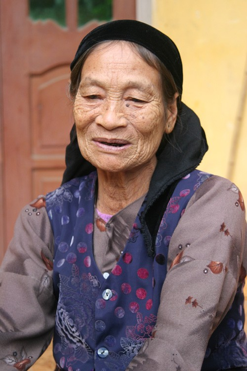 Bà nội VĐV Lê Bích Phương: xót ruột khi thấy Bích Phương bị đối phương tấn công