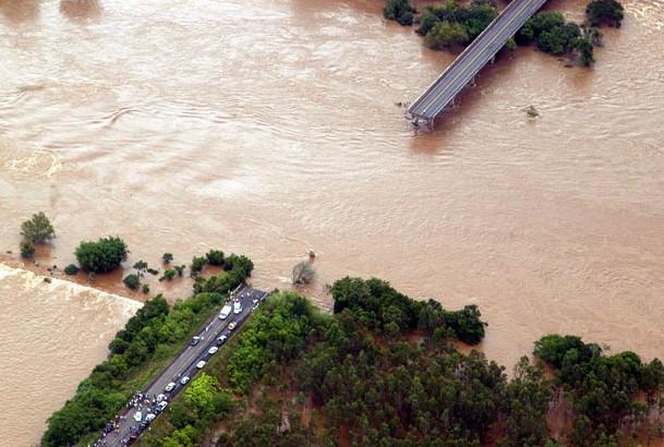 Những thảm họa năm 2010 qua ảnh ảnh 14