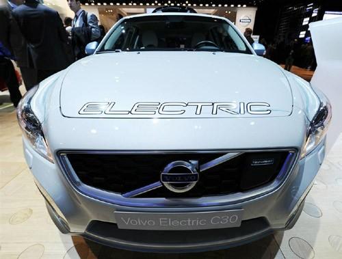 Mẫu xe điện Volvo Electric C30 được trang bị gói pin lithium-ion có thể sạc từ nguồn điện tại gia đình