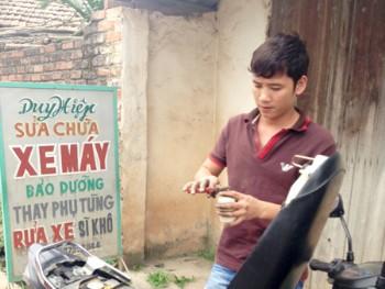 Nguyễn Duy Hiệp -nhân chứng quan trọng nhất vụ quan tài diễu phố vừa bị khởi tố về hành vi không tố giác tội phạm