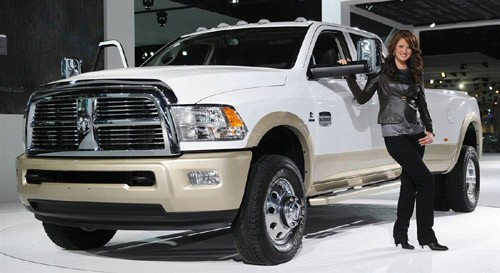 Dodge Ram 3500 thế hệ mới với động cơ cho công suất tối đa 350 mã lực