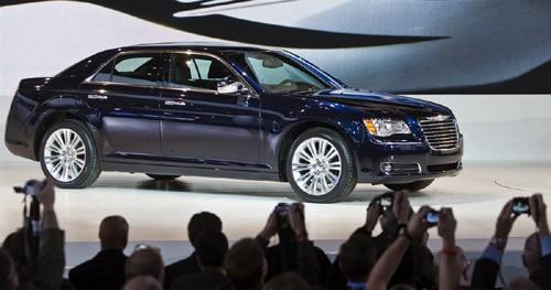 Chrysler 300, mẫu sedan được làm mới với diện mạo sang trọng hơn