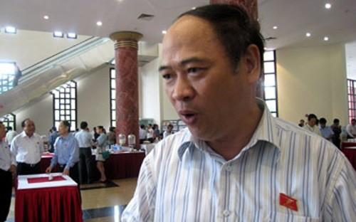 Phó Chủ nhiệm Ủy ban Tài chính Ngân sách của Quốc hội Bùi Đặng Dũng