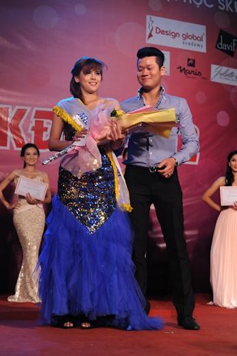 Miss tài năng Nguyễn Dư Ngân