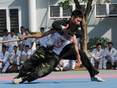 Cảnh sát dự bị đặc nhiệm luyện võ, chống khủng bố ảnh 15