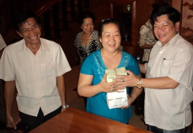 Cty Bình An trả nợ tiền cá cho dân ảnh 1