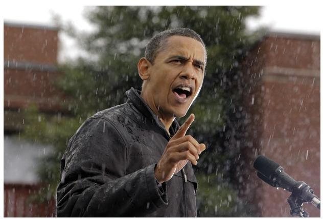 Ngày 28 tháng 10 năm 2008: Ứng viên Đảng dân chủ Obama phát biểu dưới trời mưa trong cuộc mít tinh tại bang Pennsylvania