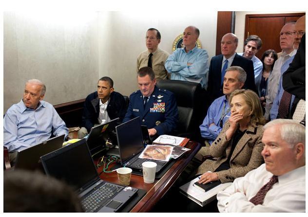 Tháng 5 năm 2011: Ông Obama theo dõi vụ tiêu diệt trùm khủng bố Osama Bin Laden
