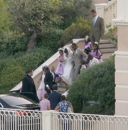 Drogba đeo đầy vàng trong đám cưới ảnh 4
