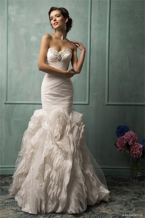Váy cưới dành riêng cho cô dâu nóng bỏng ảnh 5