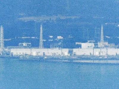 Nhà máy điện hạt nhân Fukushima số 1 chụp ngày 29-3 từ máy bay Ảnh: Kyodo