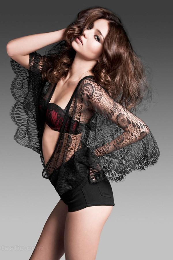Chiêm ngưỡng vẻ đẹp của siêu mẫu Miranda Kerr ảnh 6