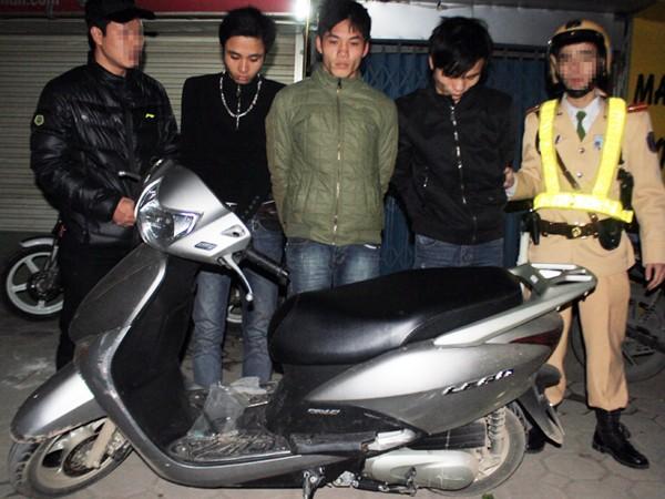 Ba đối tượng đi xe trộm cắp bị lực lượng 141 bắt giữ