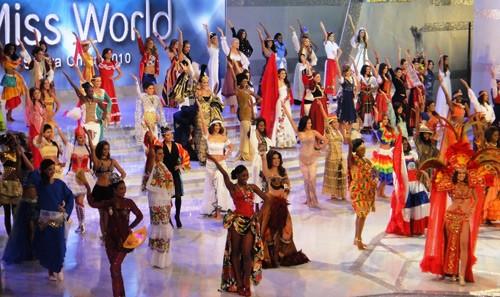 Hình ảnh trước đêm Chung kết Hoa hậu Thế giới ảnh 2
