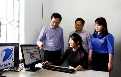 Khai trương điểm truy cập internet miễn phí tại CLB Thanh thiếu niên Minh Thanh