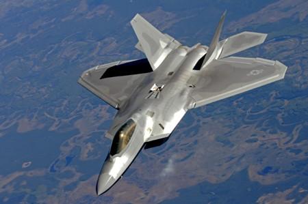 Số tiền hai ứng viên tổng thống Mỹ quyên được trong chiến dịch tranh cử có thể mua được vài chiếc máy bay chiến đấu. Ảnh minh họa